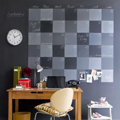 arte-no-escritorio-calendario-com-tinta-lousa-e1368427021442
