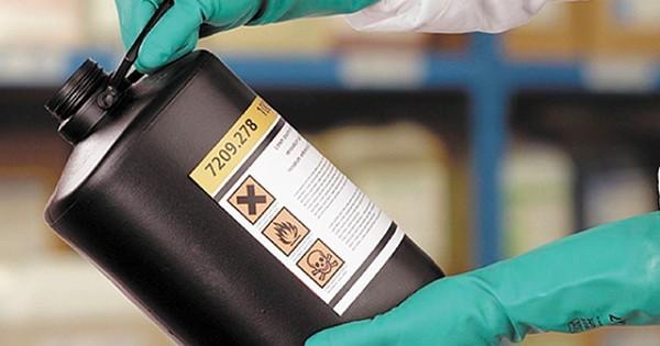 Luva-EPI-químicos-600x315