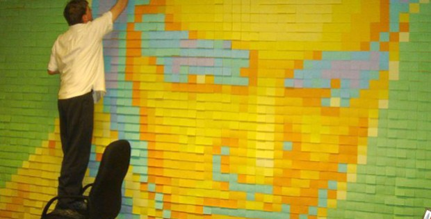 arte-com-post-it-elvis-presley-na-parede-620x315